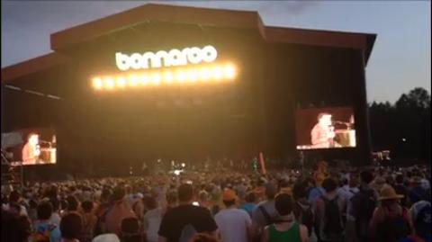 Lionel Richie says hello to Bonnaroo