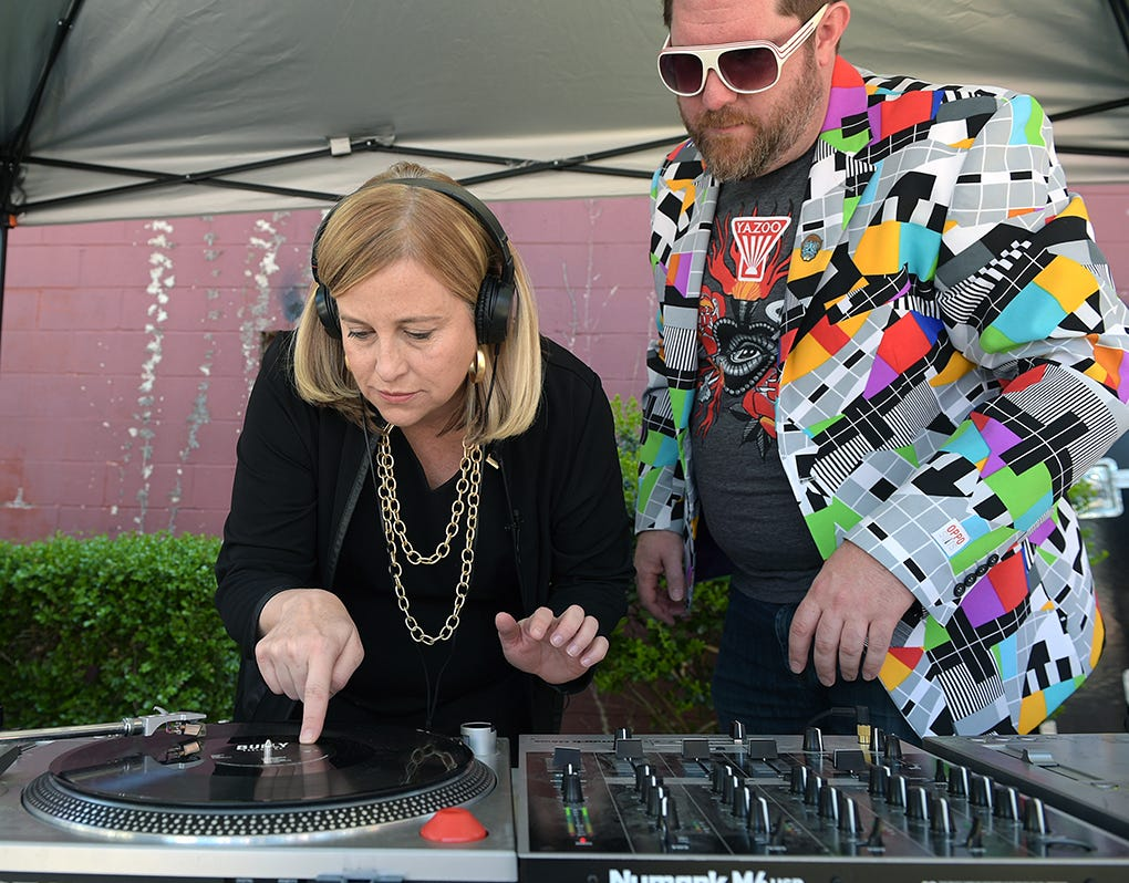Nashville mayor spins records in honor of Record Store Day 2016