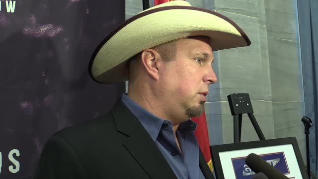 Garth Brooks reacts to being named Tennessee Ambassador of Goodwill