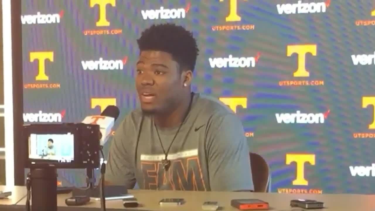 Todd Kelly Jr. discusses Jalen Hurd's decision to transfer
