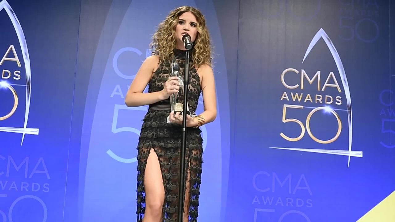 CMA 2016: Maren Morris accepts New Artist of the Year