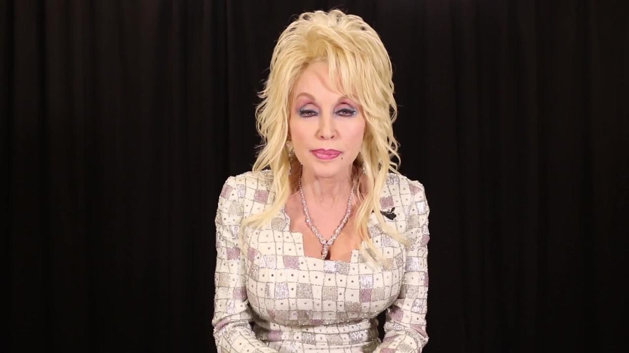 Dolly Parton announces $1,000 per month donation for fire victims