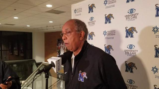Tubby Smith on Rykhoek's return and UConn