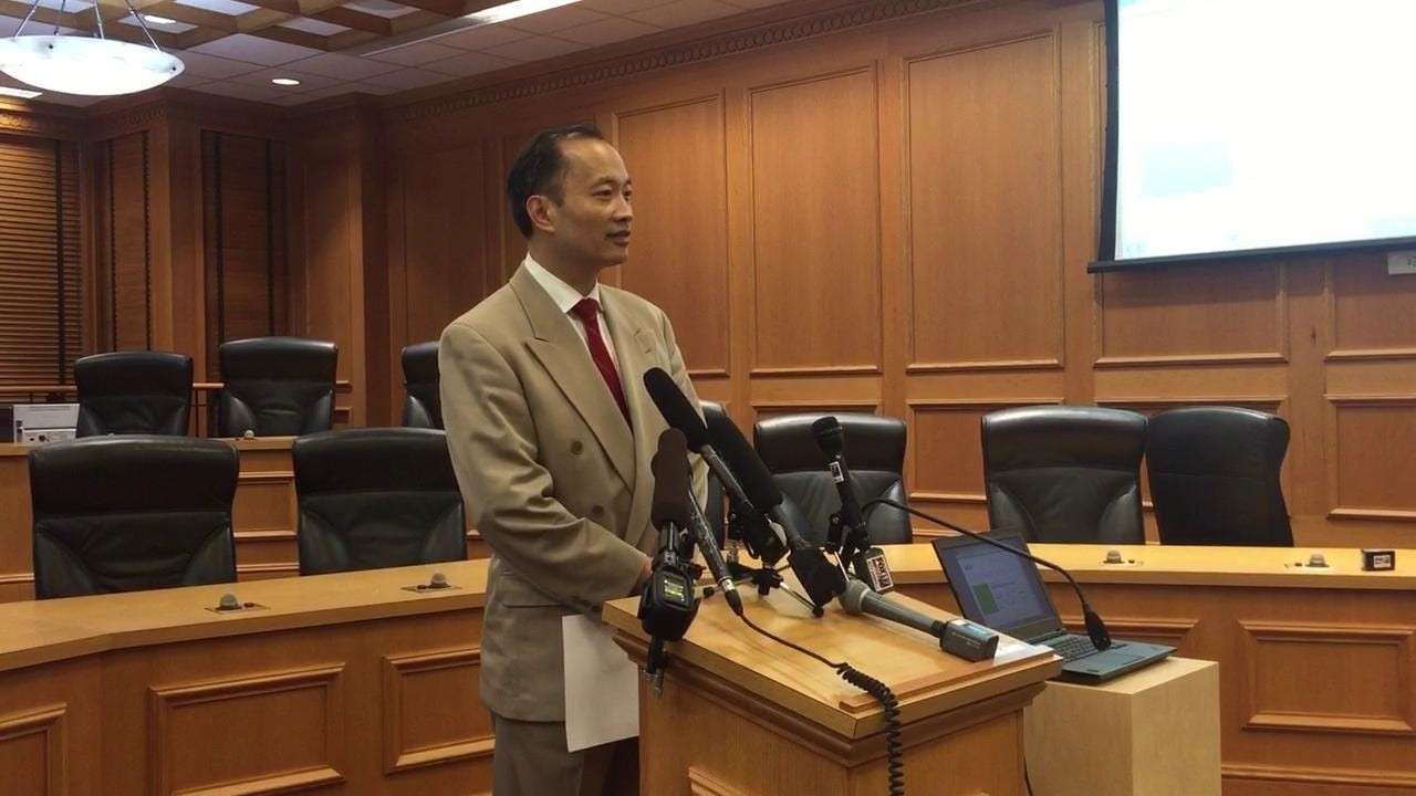 Dr. Ming Wang discusses immigration reform at Tennessee legislature