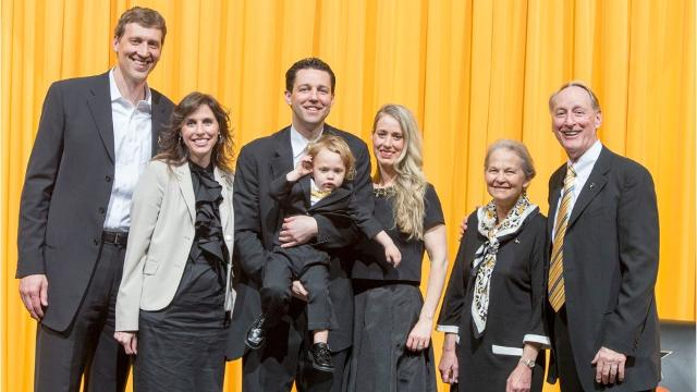 Vanderbilt coach Bryce Drew's basketball family tree