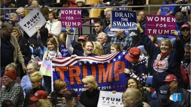 Trump rally draws frustration at crowds, delays
