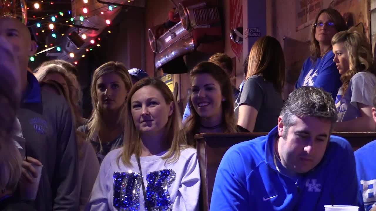 Kentucky fans camp out for Kentucky Sports Radio show at Tin Roof