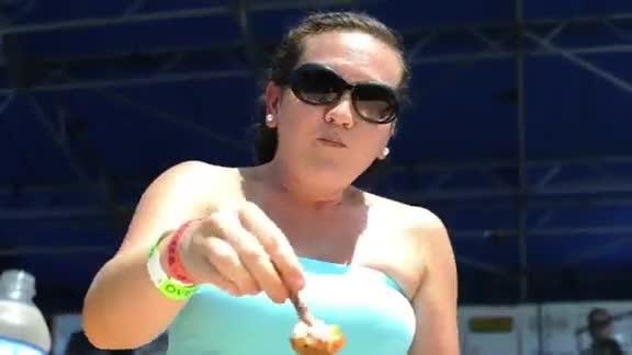 Big Kahuna Wing Eating Competition
