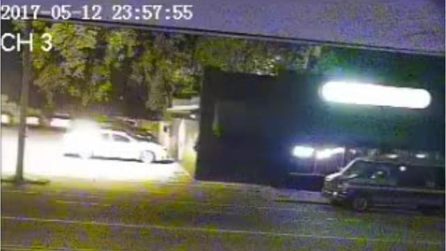 Raw video: Man sets self on fire, runs into Memphis bar