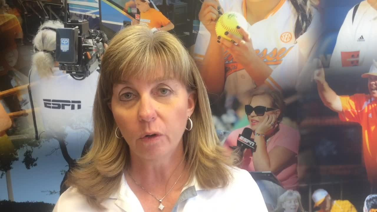 Tennessee softball's Meghan Gregg gets hitting, coach says