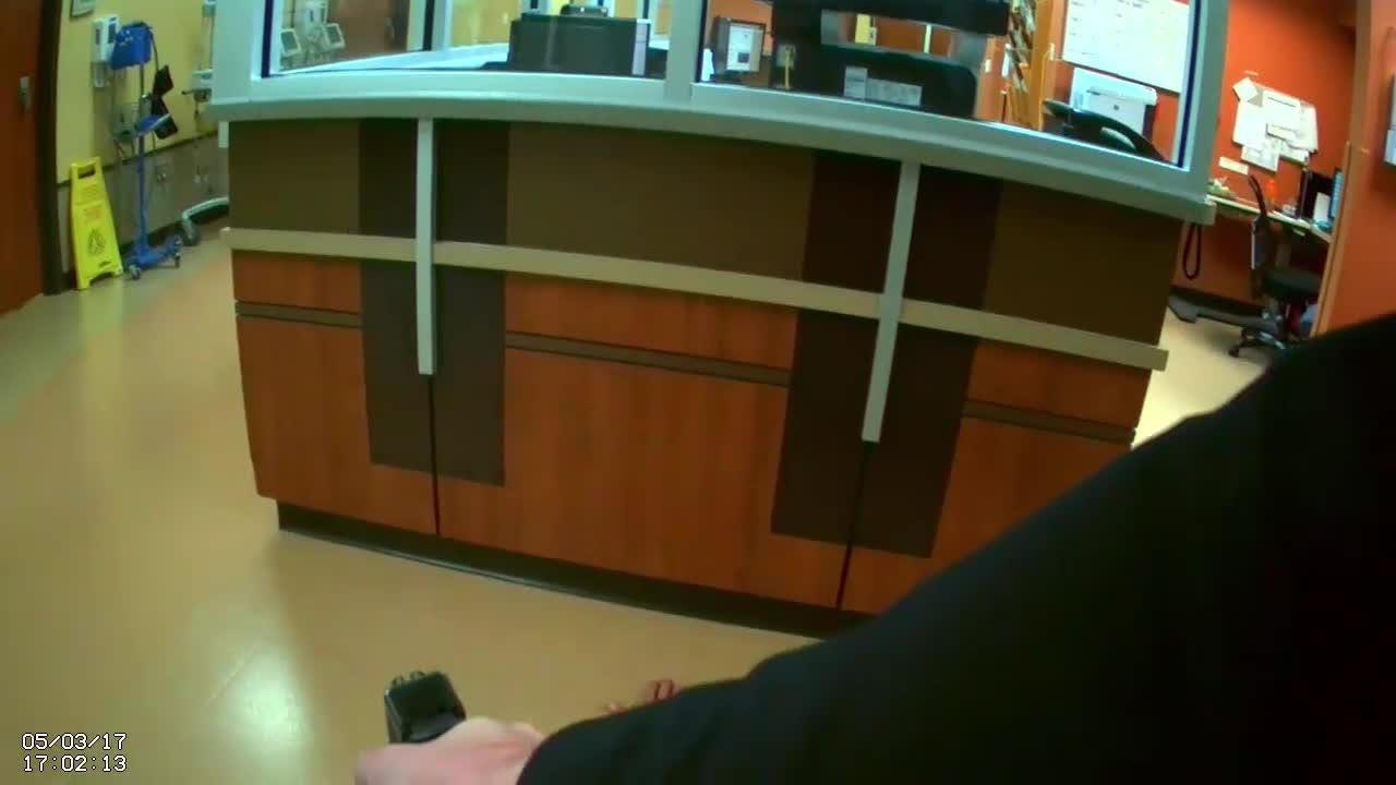 Man holds medical staff at gunpoint at Sumner Regional Medical Center