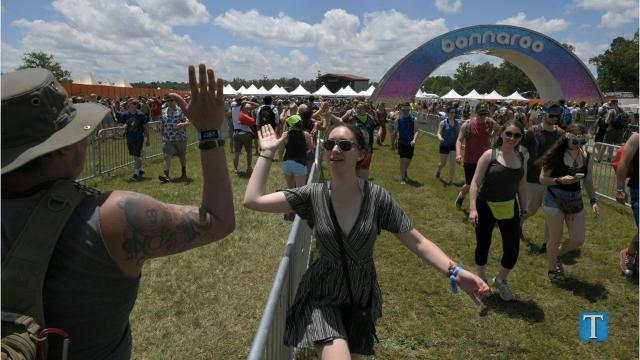 Welcome to Bonnaroo: Festival kicks off with high-five line