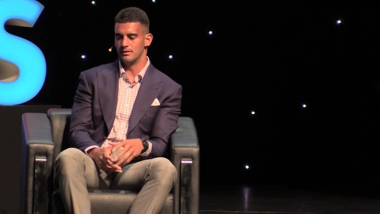 Titans QB Mariota tells high schoolers 'to remember where you come from'