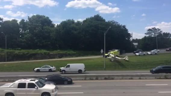 Plane lands on Interstate near downtown Nashville