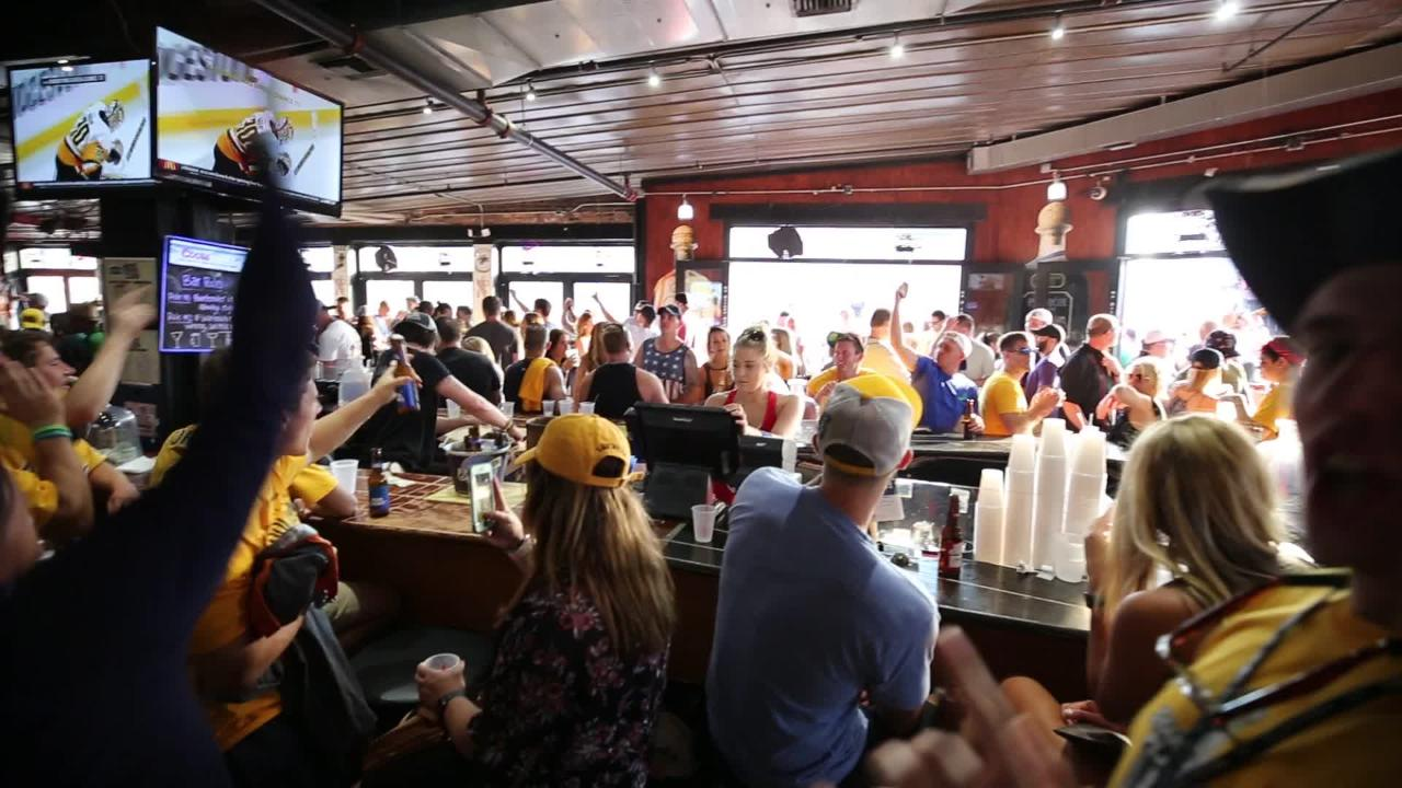 Predators fans chant at Honky Tonk Central