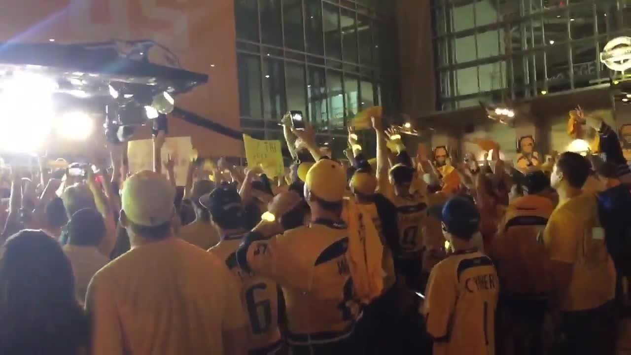 "Predators fans chant ""Pekka"" after Game 4"