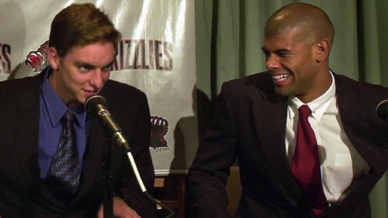 Calkins and Herrington explore the Memphis Grizzlies 2001 draft