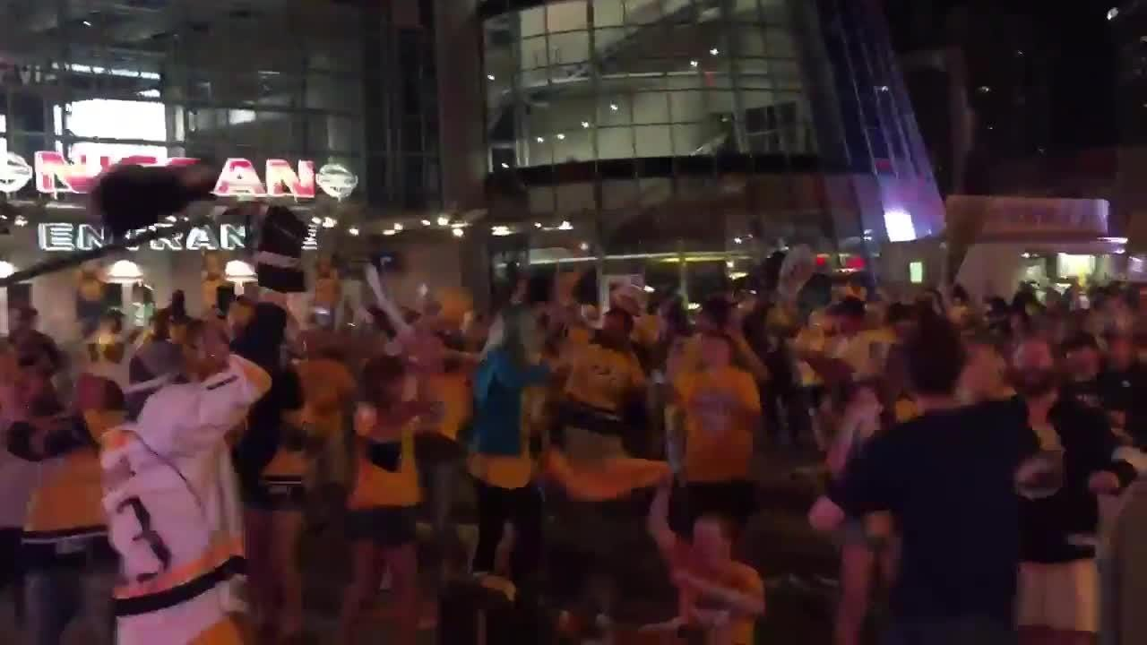 Predators fans as Bridgestone Plaza go crazy for Arvidsson's goal of Game 4