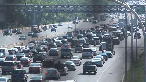 Commuters navigate bridge closure, gridlock