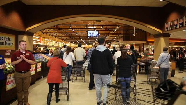 Hundreds flocked to the new Wegmans in Concordville, including several Delawareans who were first in line, on Sunday morning.