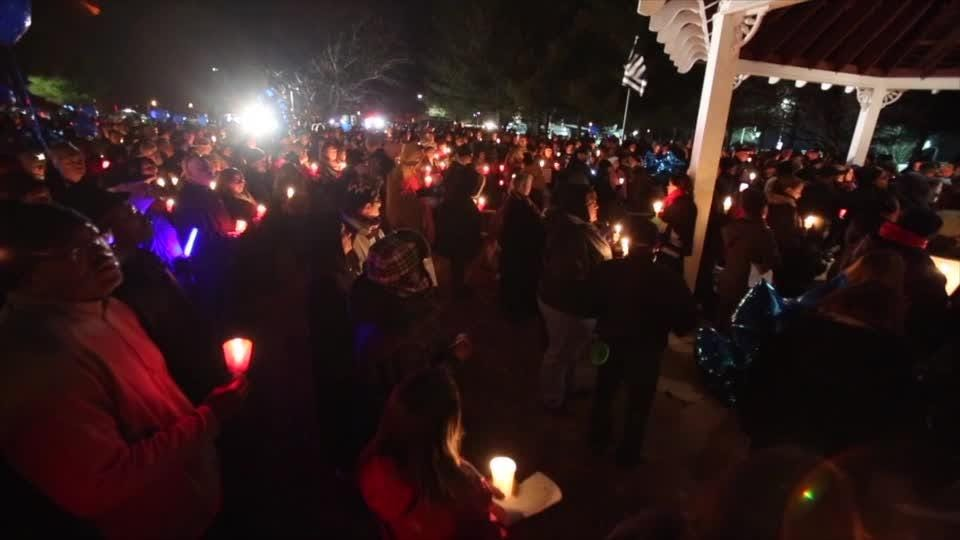 Hundreds gather in memory of Smyrna officer