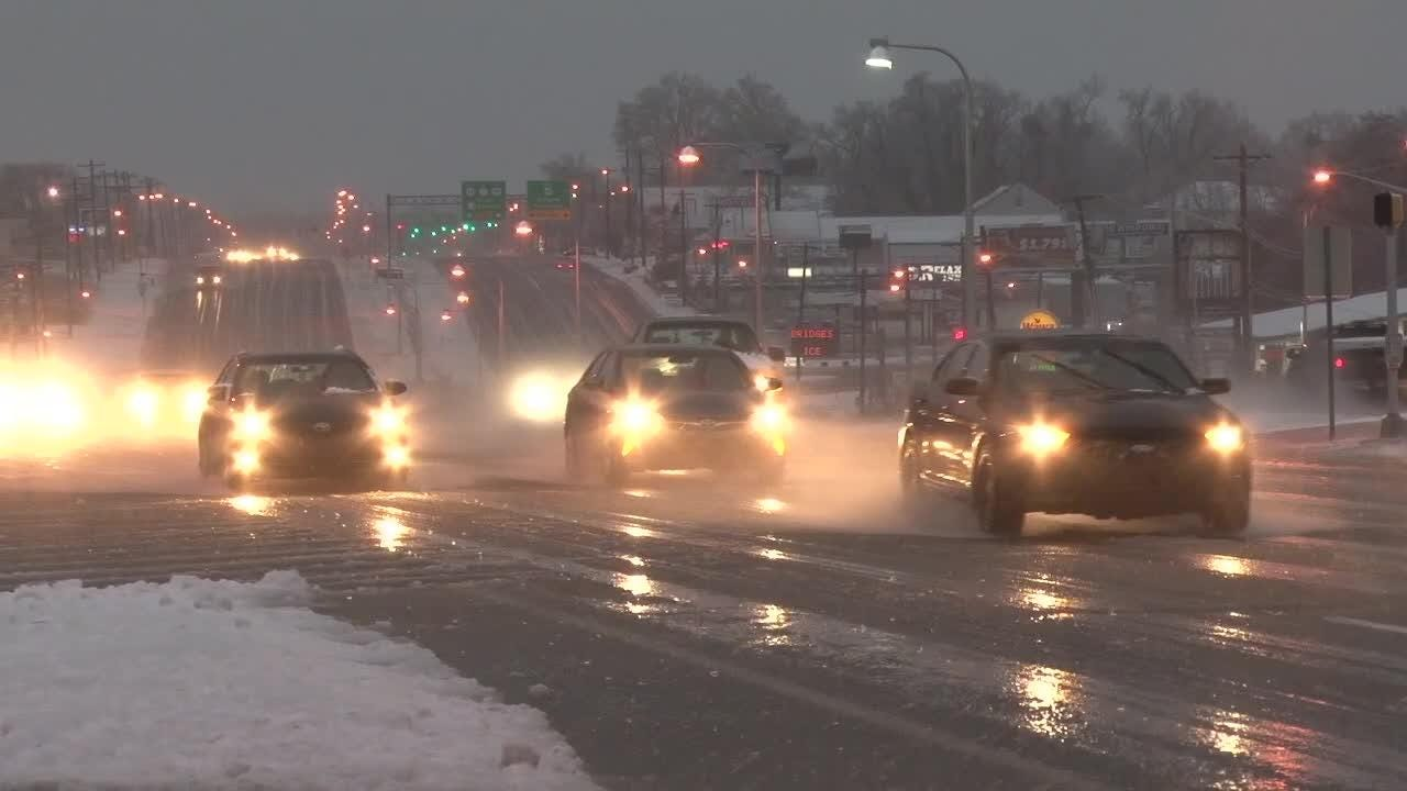 Snow, sleet and rain moves through Delaware