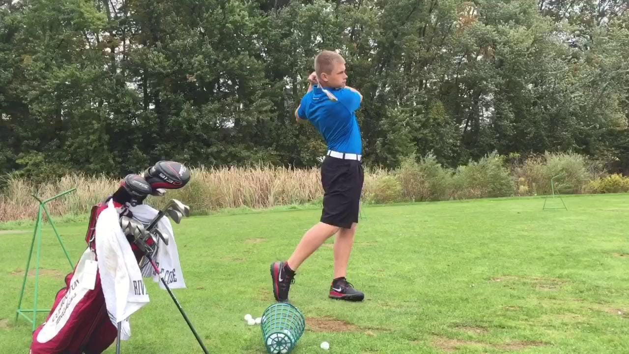 Coshocton senior Gage Bosson is Coshocton's first golf qualifier in over 20 years.