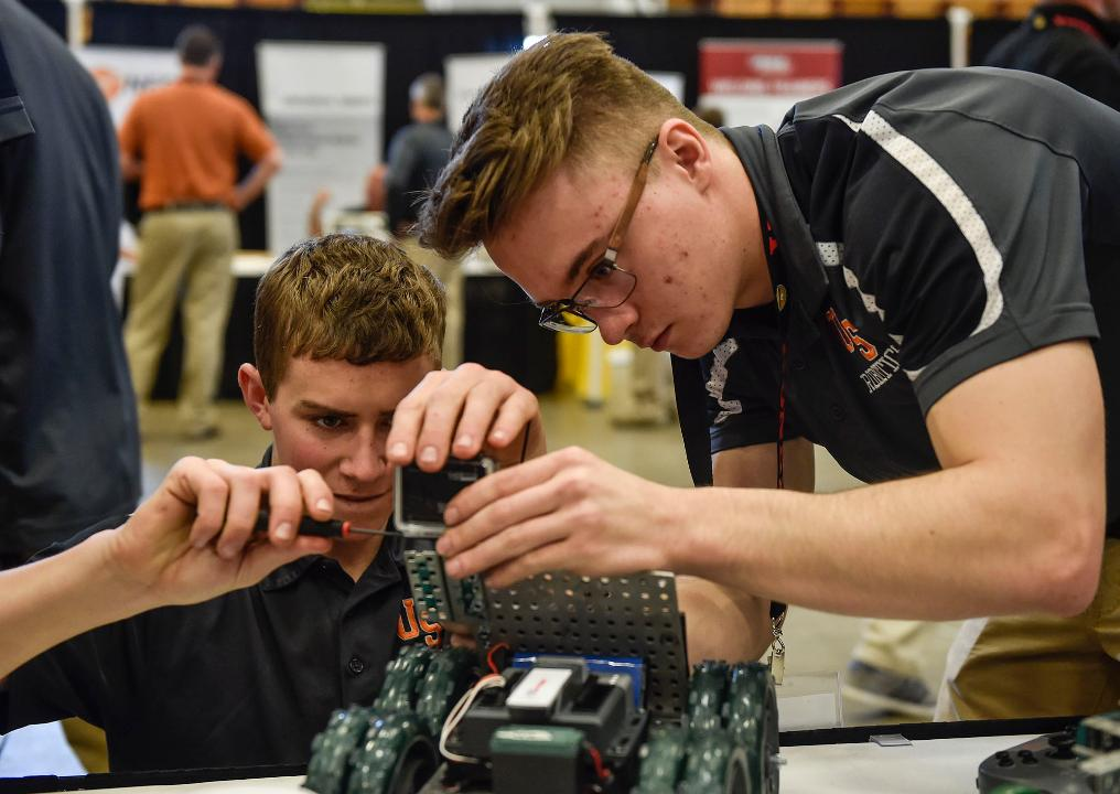 From Thursday, April 6, to Saturday, April 8, high school and middle school students from around the country gathered at Veterans Memorial Coliseum for the National Robotics Challenge.