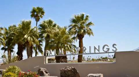 Bmw Palm Springs >> Bmw Ad As Much A Siren For Palm Springs As The New Car