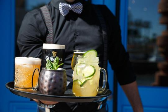 In just six steps, you can make your own glass of the cucumber chai lemonade served at The Fox & Fiddle in Rancho Mirage.