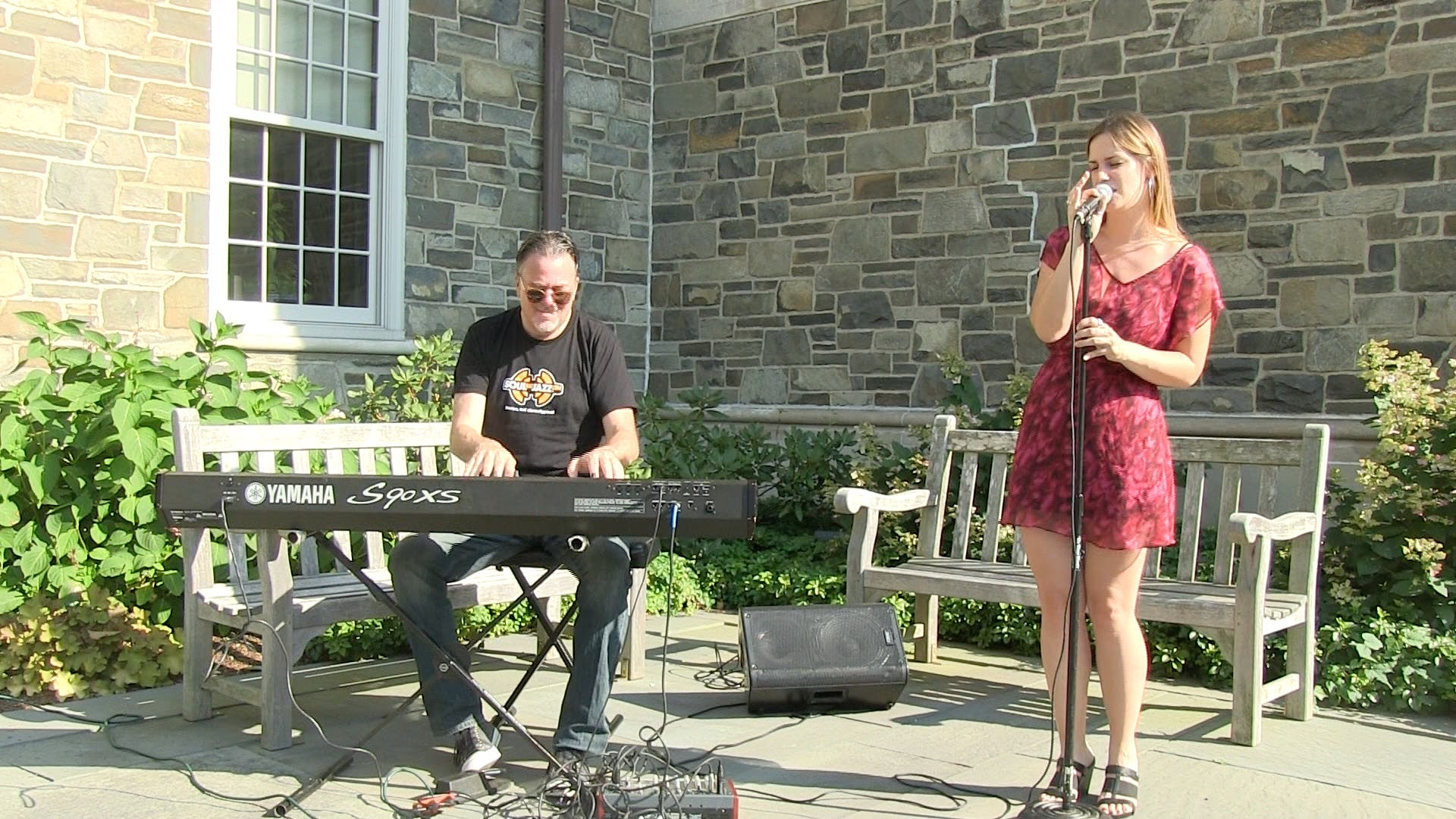 Poughkeepsie Journal Patio Sessions: Lindsey Webster