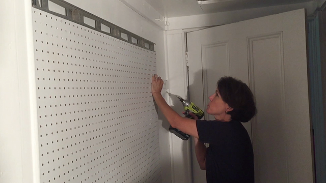 DIY Dutchess - Organizing tools with pegboard