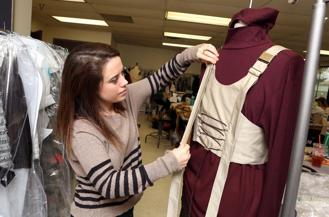 Marist College S Fashion Program Magazine Fm Am Wins Gold Crown Award
