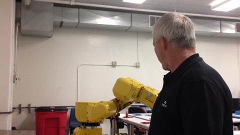 Robotic arm in TMCC factory lab