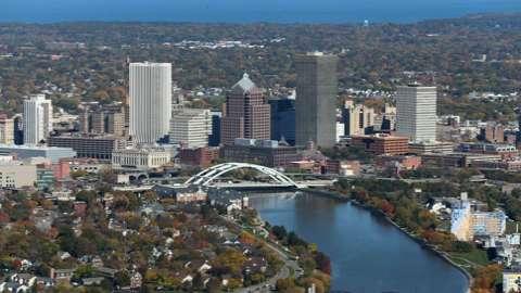 Metro area's job growth slow, steady