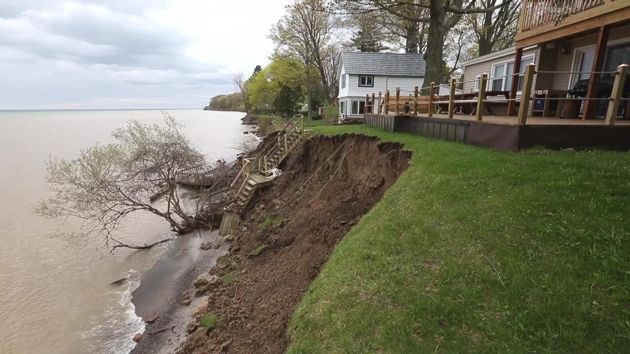 Hamlin: Lakefront property sliding away