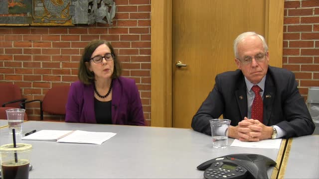 Gov. Kate Brown and challenger Dr. Bud Pierce meet with the Statesman Journal Editorial Board Oct. 3, 2016.