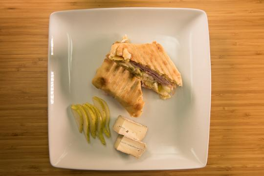 Delmarva Eats: Ham, Pear, and Brie Panini