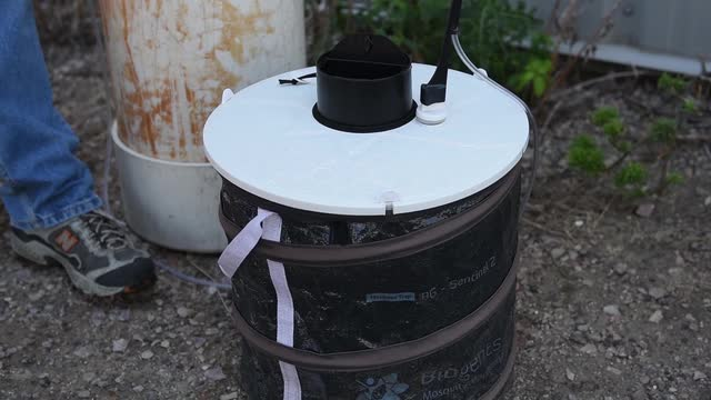 Video: Mosquito Trap