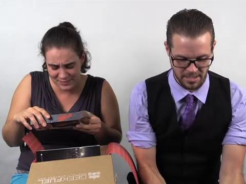Matthew and Casie sit down to unbox another Geek Fuel! This month they find a toy, a T-shirt, a container, something edible, and something playable! Get your discounted first Geek Fuel at geekfuel.com/Ae0evq.