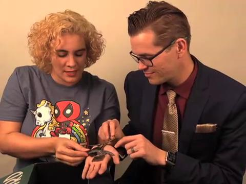 """In honor of """"Fantastic Beasts and Where to Find Them,"""" Matt & Casie peek inside Loot Crate's Wizarding World box. Come see what they found!"""