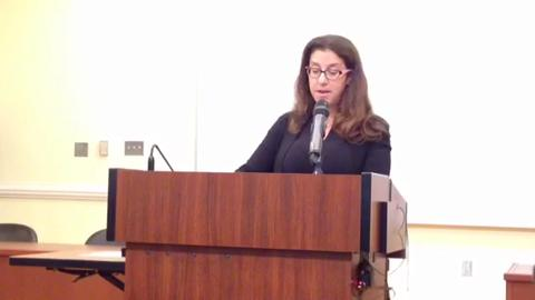 Shelly Markel speaks at her brother Dan Markel's memorial service at Florida State University College of Law