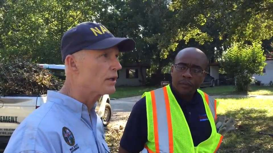 Gov. Rick Scott cleans up south Tallahassee