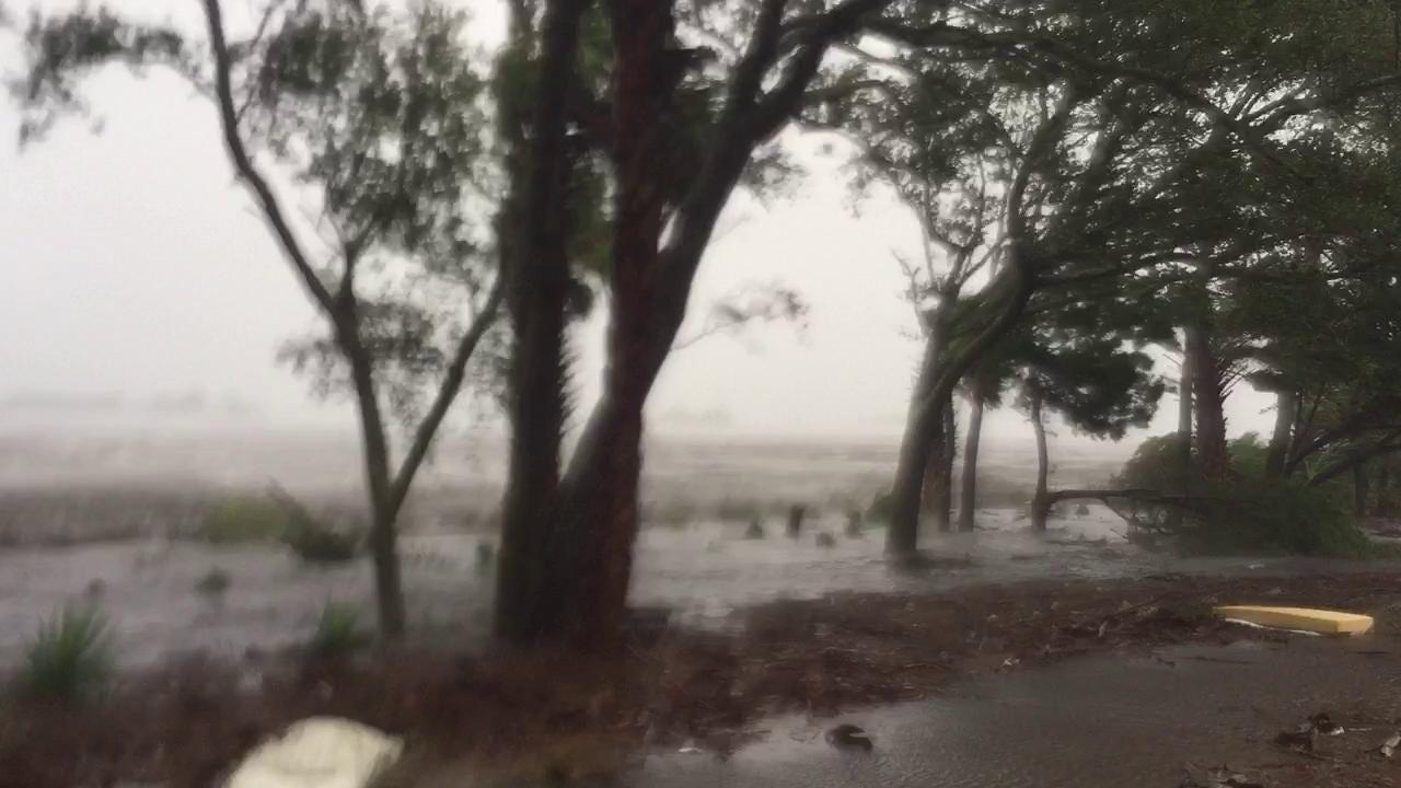 Hurricane Matthews sweeps Jacksonville shore