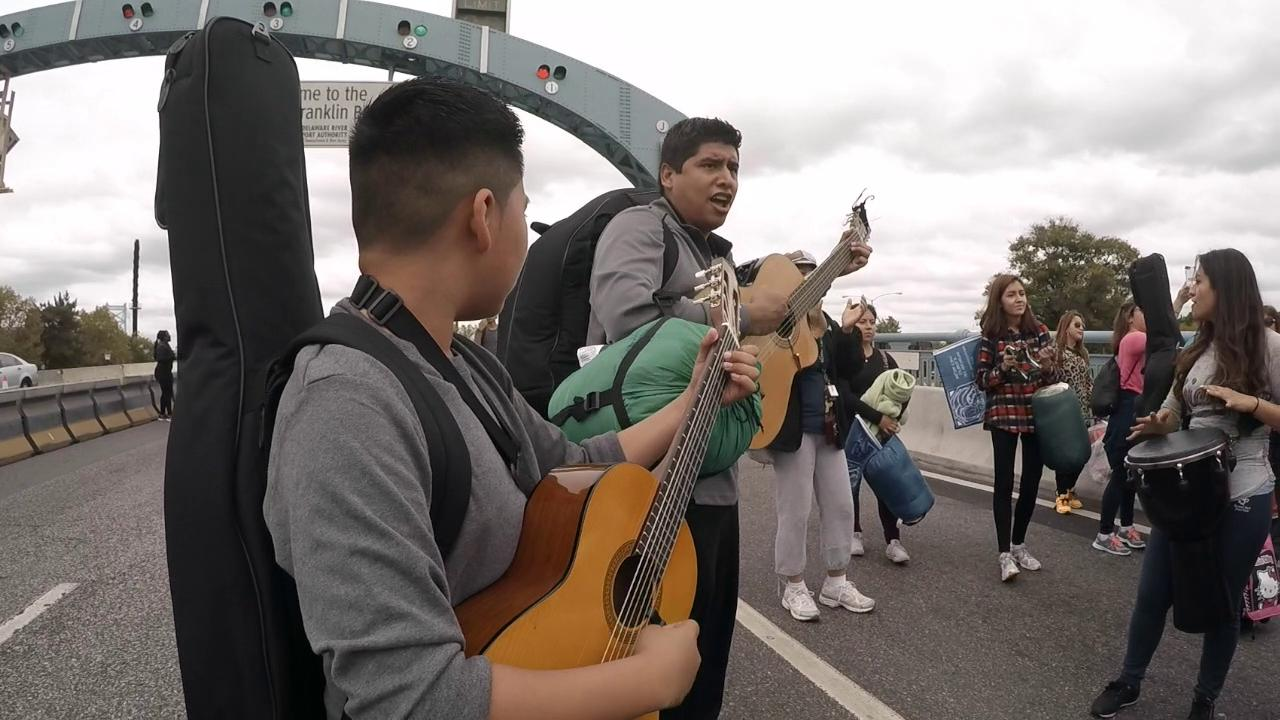 Ben Franklin Bridge pilgrims