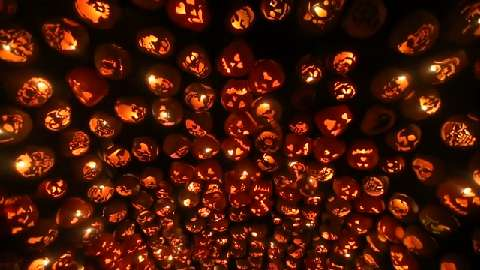 Sleepy Hollow' home is hot spot for Halloween tourism