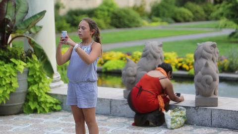 The Journal News / lohud photo staff connected with nearly 70 photography enthusiasts for the first lohud on location photo meet-up, Aug. 7, 2014 at Untermyer Park in Yonkers. ( Video by Tania Savayan / The Journal News )