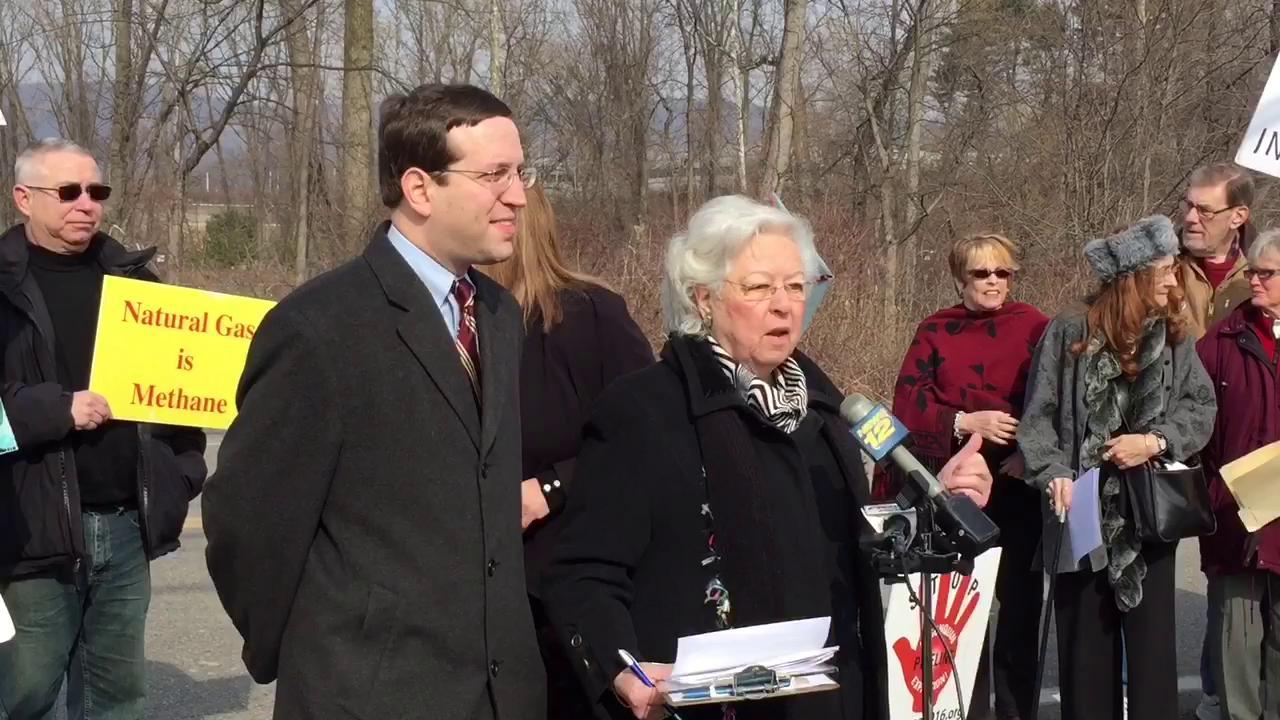 Galef wants pipeline halted