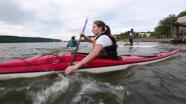 What to read for a student on Kayaking with friends