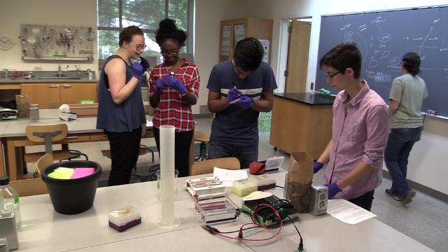 Watch: Sarah Lawrence College guide young scientists
